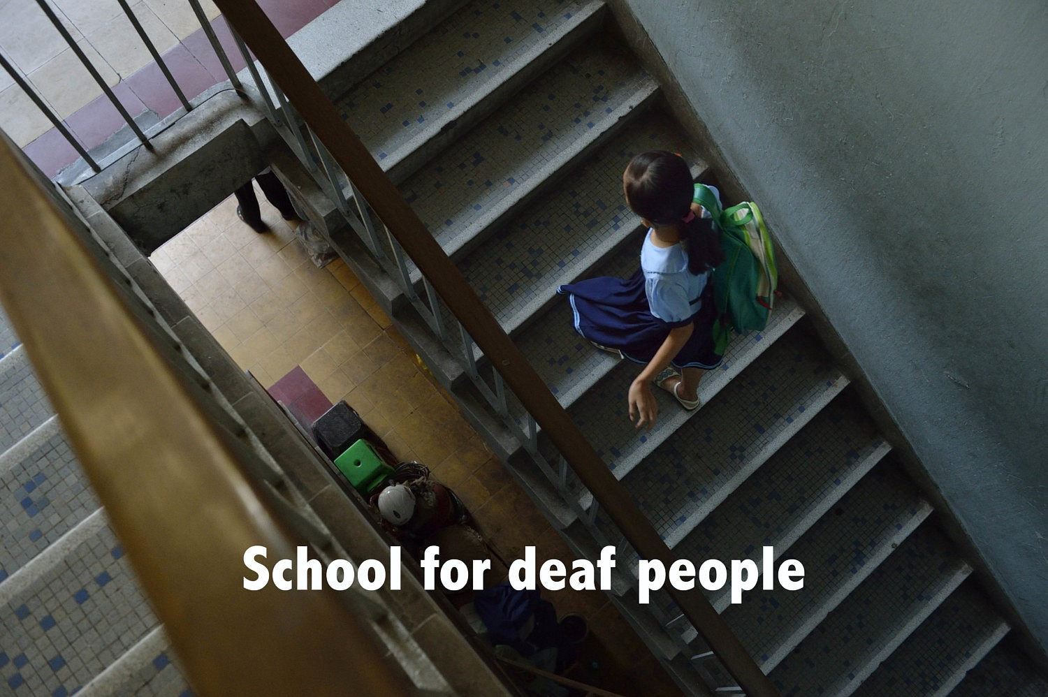 Video for a deaf school | School for deaf people
